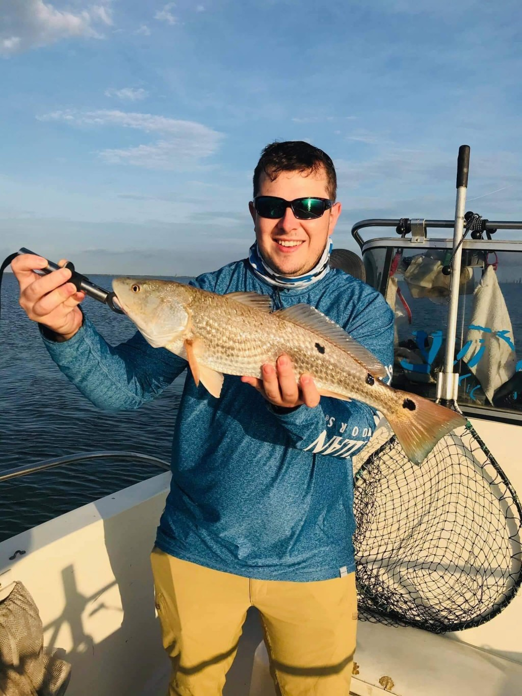 Full Day Fishing Trip - 18' Hydra Sport | Captain Experiences