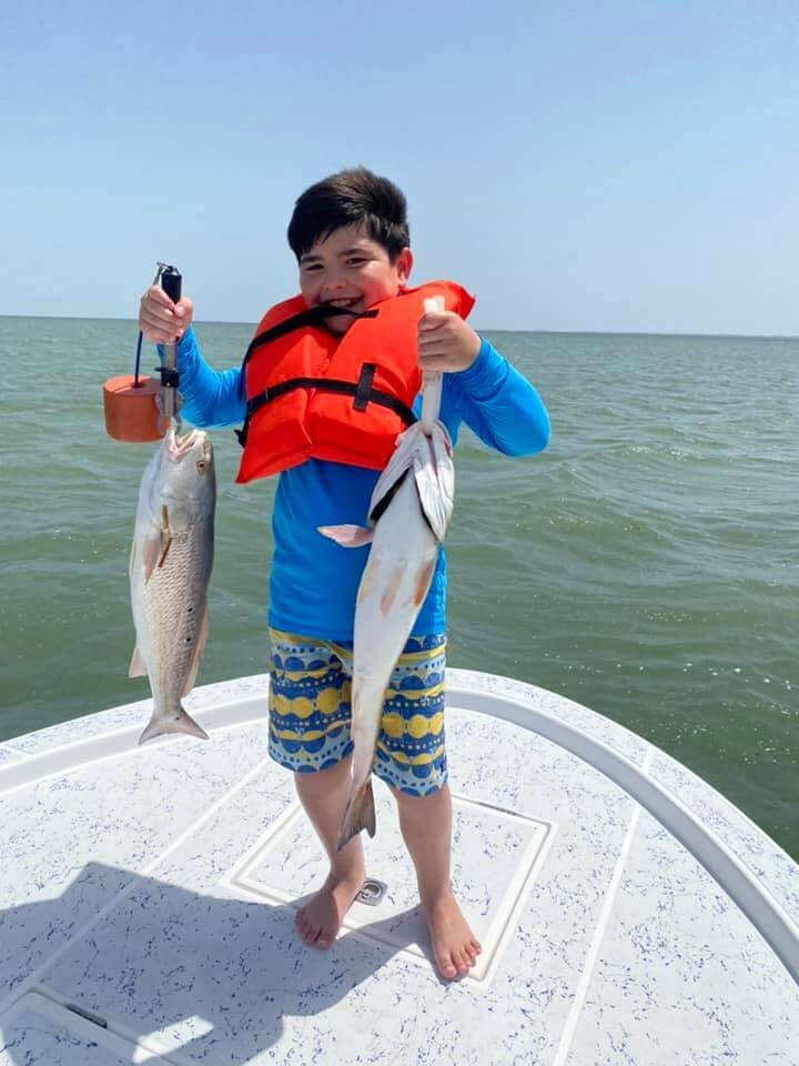Full Day or Half-day Fishing Trip - 21.5' Shallow Sport   Captain Experiences