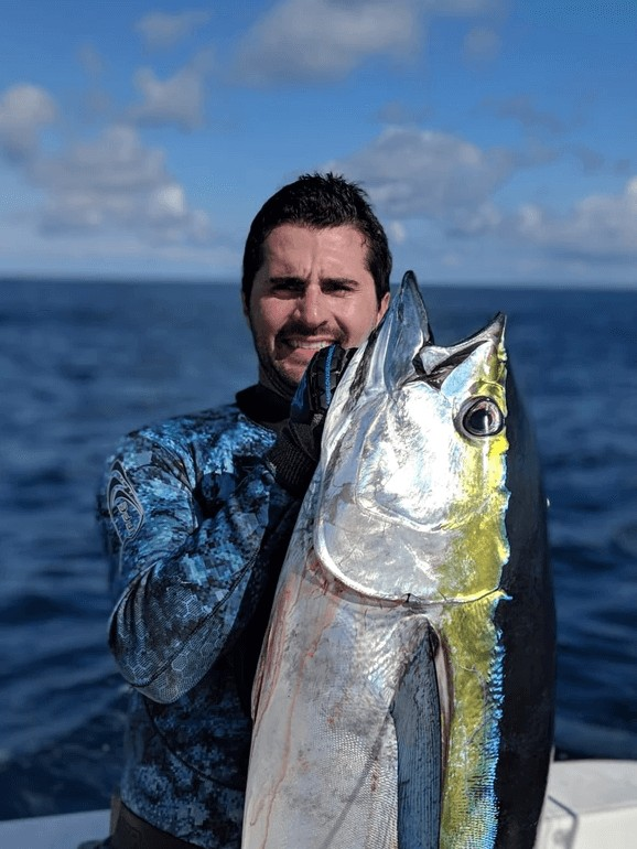 Inshore/Offshore Spearfishing - 25' Stamas | Captain Experiences