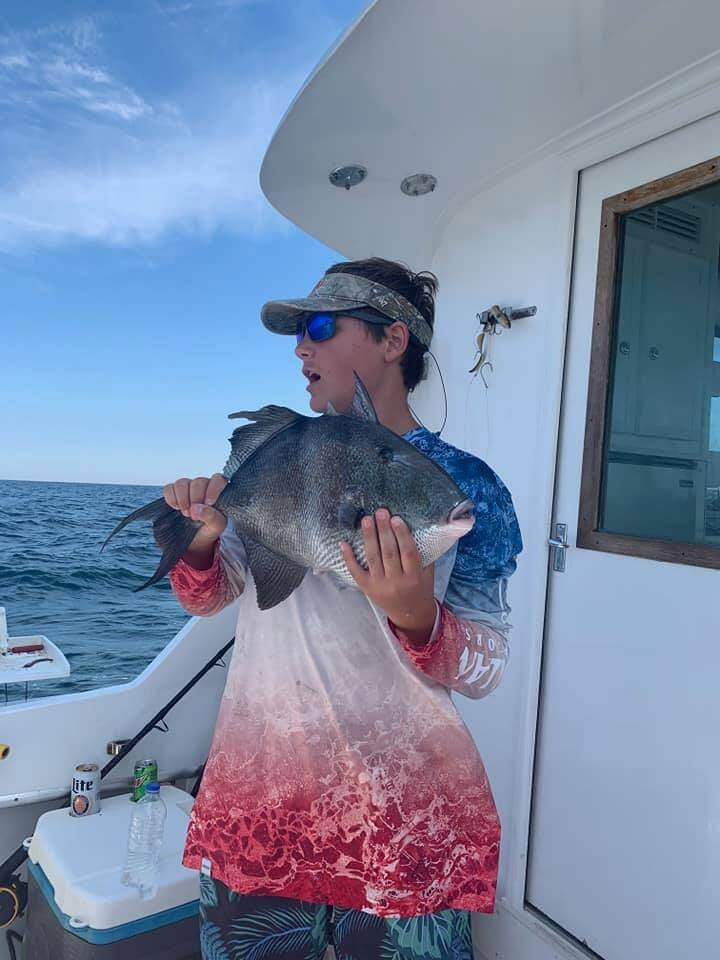 4-5 Hour Trolling/Bottom Fishing - 36' Hatteras | Captain Experiences