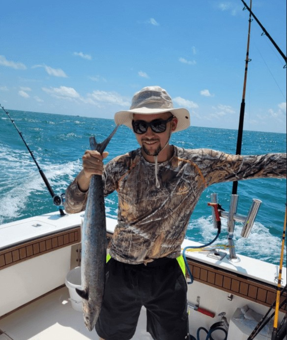 5 Hour Trolling Or Bottom Fishing- 32' Albermarle   Captain Experiences