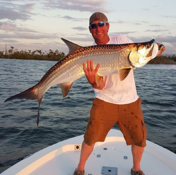 Full Day, 3/4 Day or Half Day Tarpon & Snook - 22' | Captain Experiences