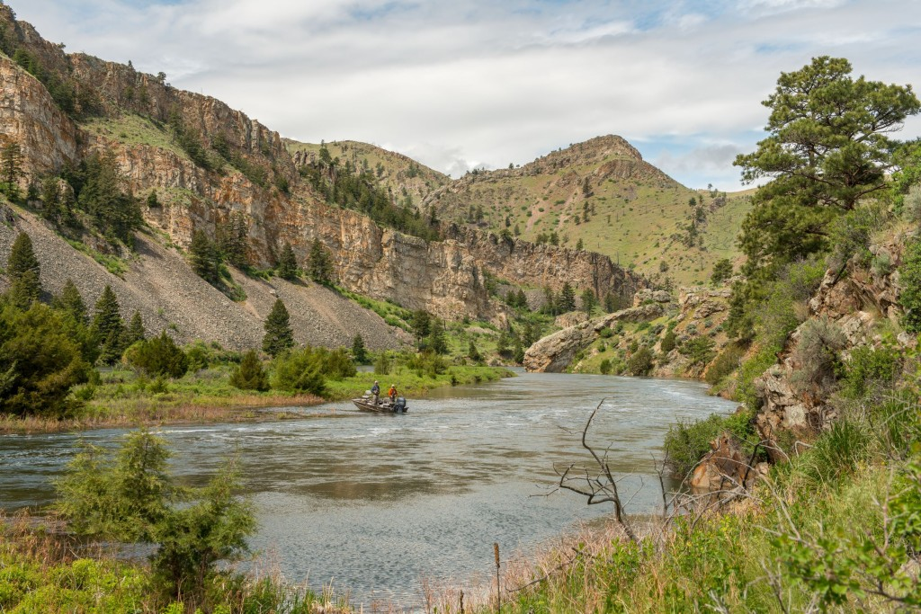 Missouri River Full-Day Walk-n-Wade | Captain Experiences