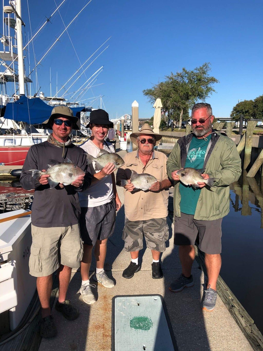 Full Day – Offshore Bottom Fishing | Captain Experiences