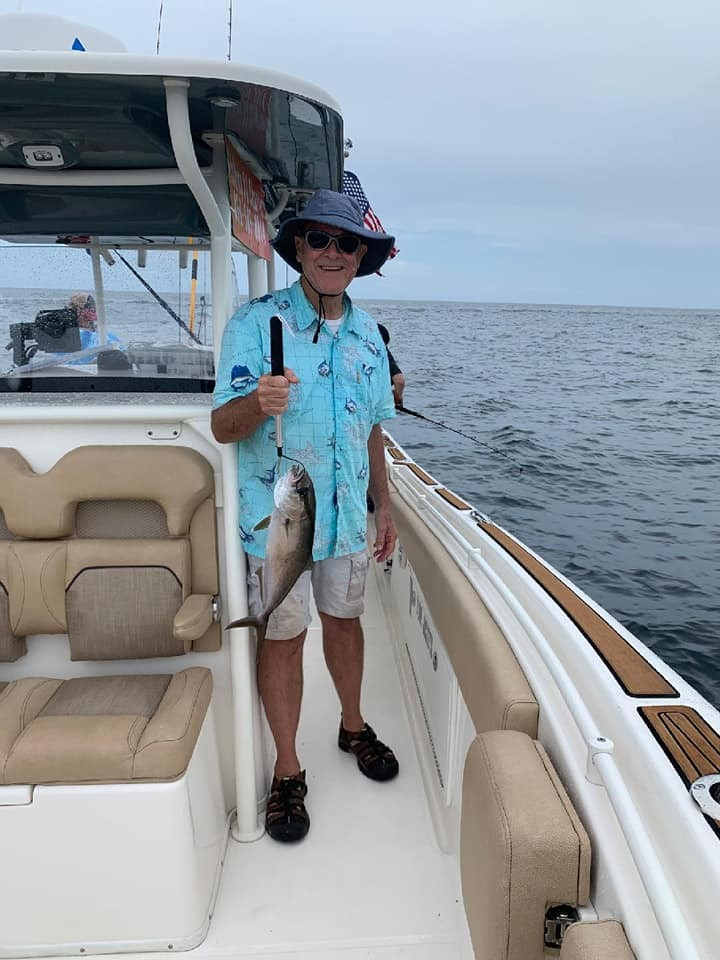 Full Day Trip -35' Center Console | Captain Experiences