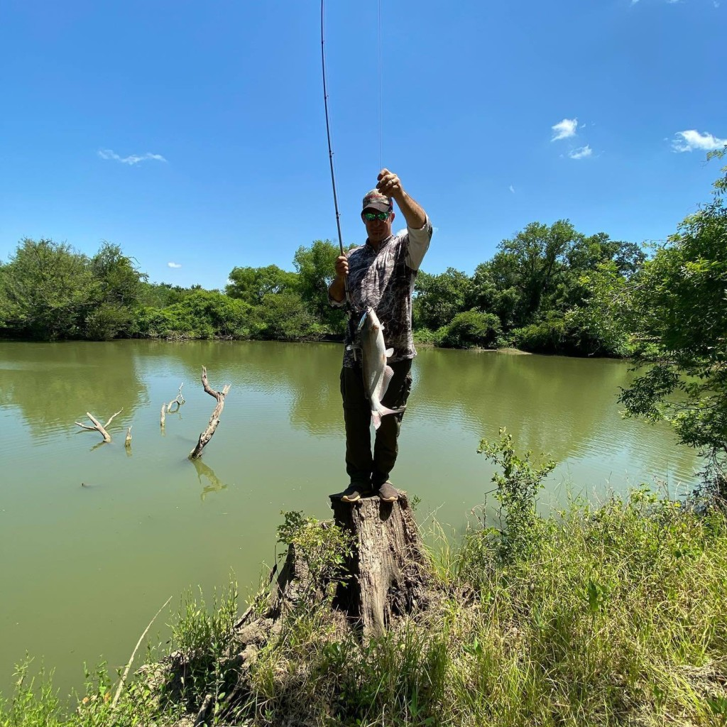 Monster Catfishing Near Dallas | Captain Experiences
