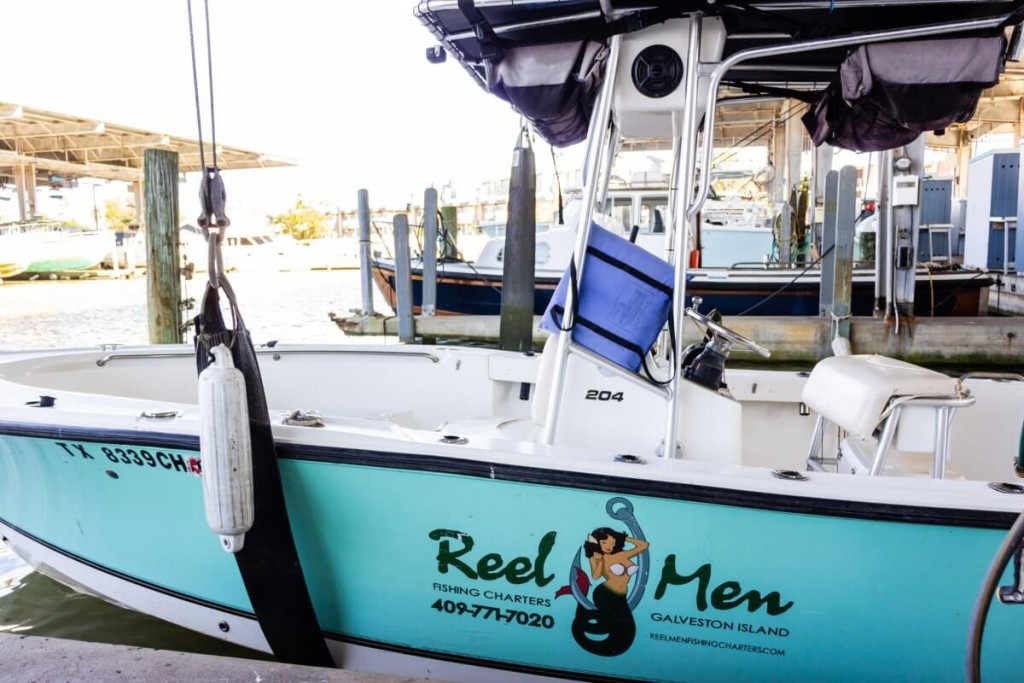26' Angler 8-Mile Offshore Rigs | Captain Experiences